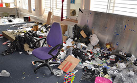 Office-clearance-service-in-london